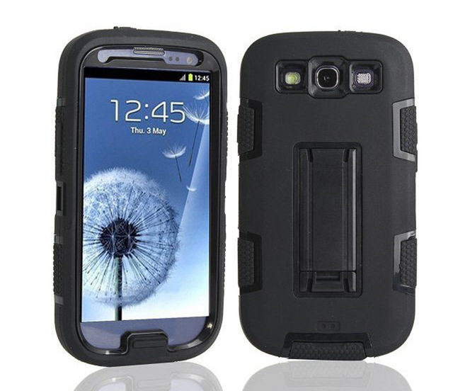 Galaxy SIII, with pouch