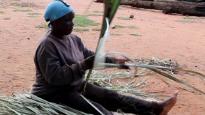 Blind Woman Role Models in Weaving Craft